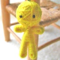 【AneCan(アネキャン)掲載商品】ハッピードール(ブドゥー人形) イエロー (金運のお守り)