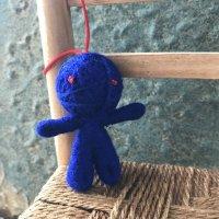 ハッピードール(ブドゥー人形)ネイビーブルー (癒し・精神安定のお守り)