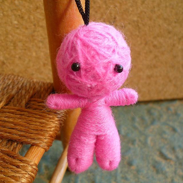 画像1: 【AneCan(アネキャン)掲載商品】ハッピードール(ブドゥー人形) ピンク (恋愛・結婚のお守り)