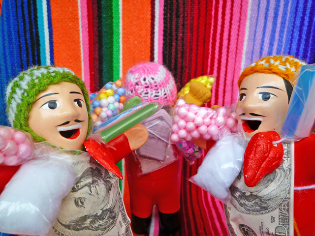 画像4: 【レッド】『ペルー産!』エケコ(エケッコー)人形  Mサイズ(約15センチ)