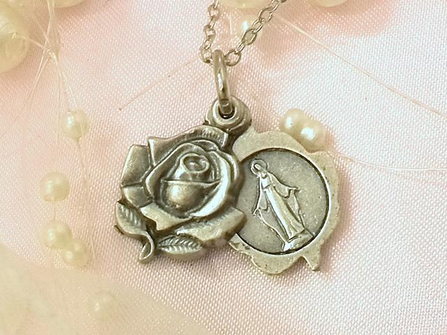 画像2: 秘密のマリア様★薔薇のスライド メダイネックレス