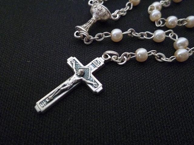 画像4: 【限定】聖なる十字架 愛の祈り ロザリオ ケース付き pearl