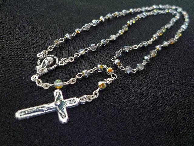画像2: 【限定】聖なる十字架 愛の祈り ロザリオ ケース付き rainbow