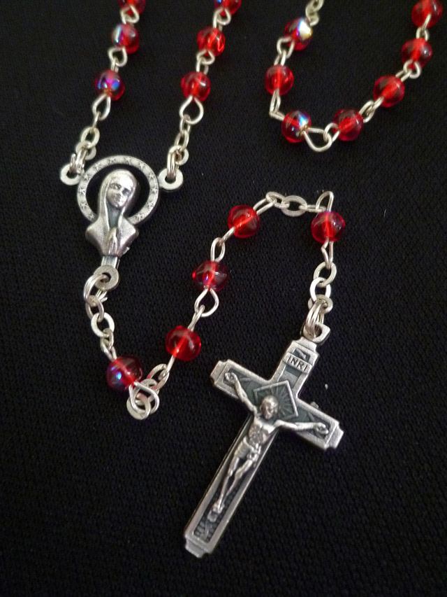 画像1: 【限定】聖なる十字架 愛の祈り ロザリオ ケース付き rose