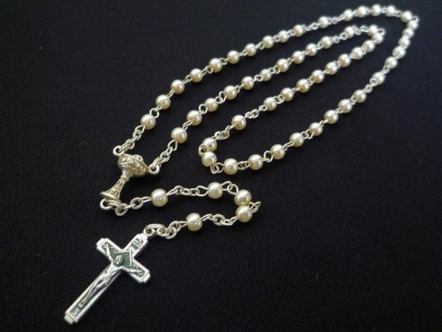 画像2: 【限定】聖なる十字架 愛の祈り ロザリオ ケース付き pearl