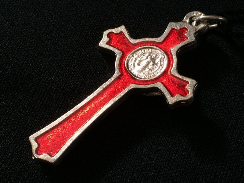 画像3: 魔除けの聖ベネディクト★レッドクロス