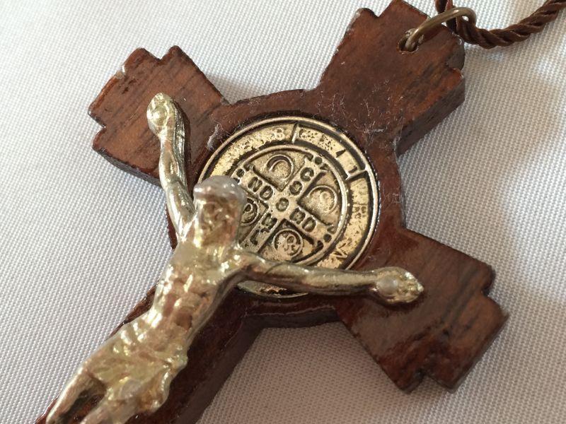画像2: 魔除けの聖ベネディクト★ウッドクロス