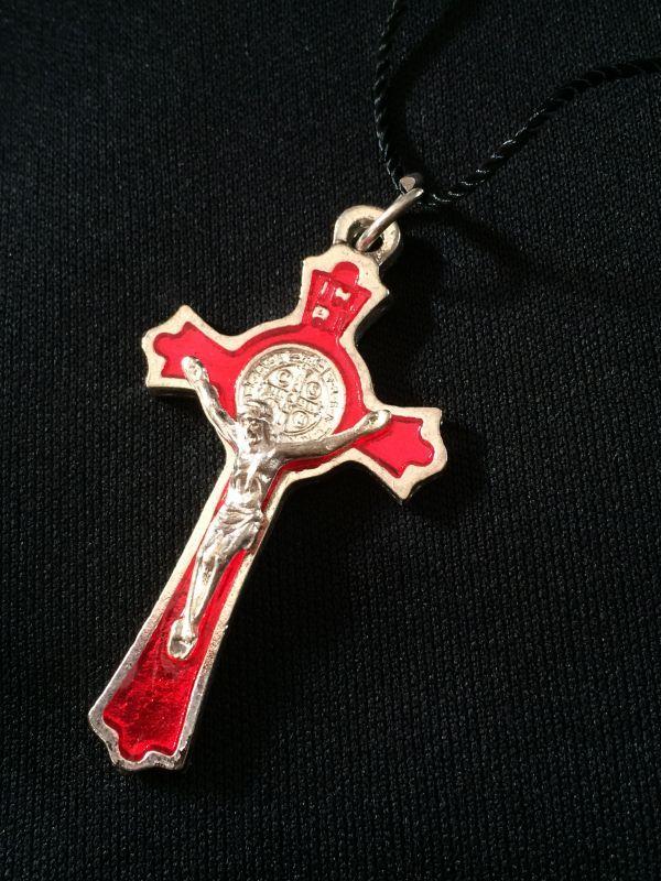 画像1: 魔除けの聖ベネディクト★レッドクロス