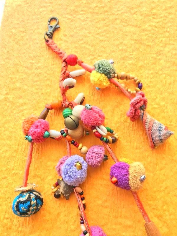 画像3: モン族の魔よけと幸運のテディベア 飾り