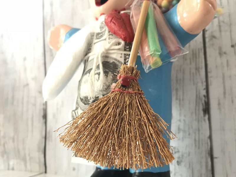 画像4: エケコ人形用小物☆幸運をはき込む♪ ほうき【小物のみの価格です】
