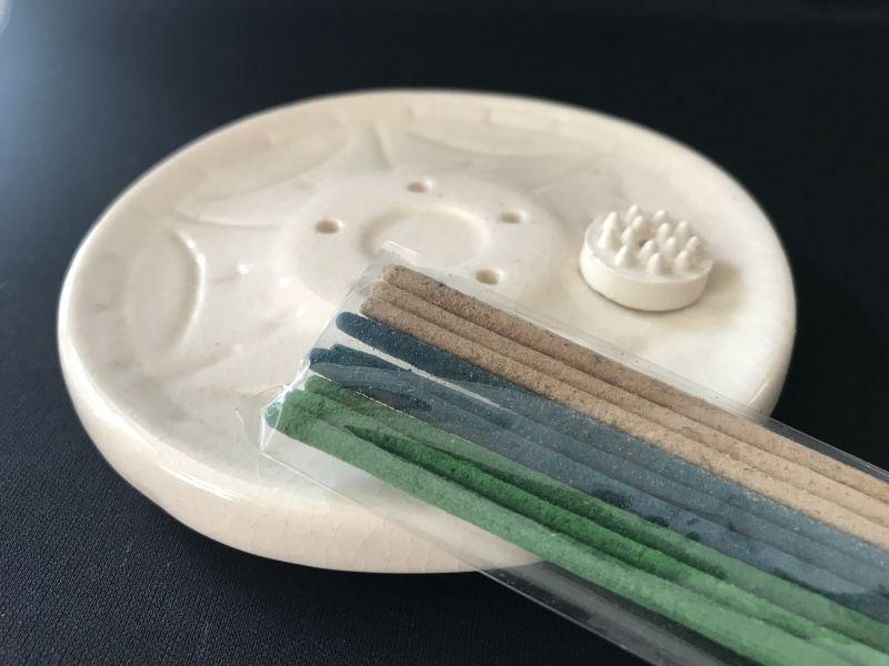 画像3: テラコッタ お香立て 丸形(サービス香付き)