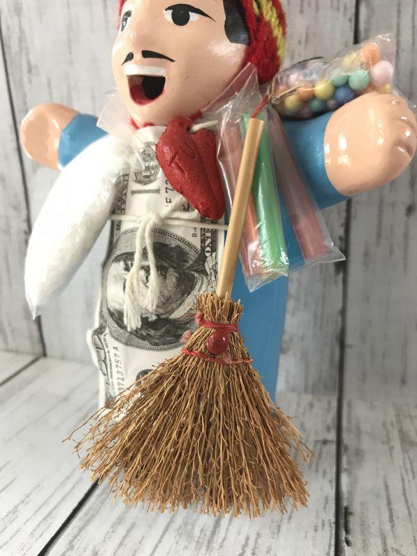 画像1: エケコ人形用小物☆幸運をはき込む♪ ほうき【小物のみの価格です】