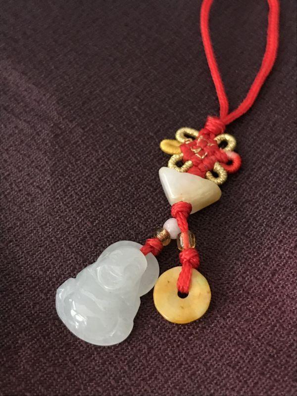 画像1: おへそを触ると、お金が!★台湾の布袋 翡翠(ヒスイ)ストラップ 元寶(ゲンポウ)付き