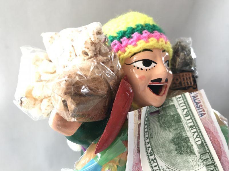 画像2: 【グリーン】荷物たっぷり!!エケコ(エケッコ)人形 Lサイズ(約18.5センチ)【限定】