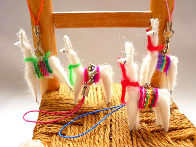 画像1: エケコ人形の友達♪ リャマストラップ
